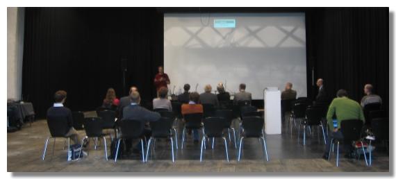Peter Haber antwortet auf Fragen zu seiner Keynote